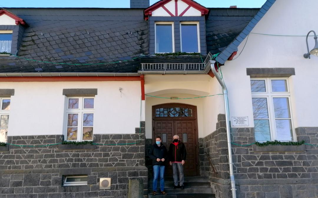 Ortsvorsteher Stenner begeistert Landtagskandidaten Dr. Wilhelm bei Ortsbegehung in Kürrenberg (Pressemitteilung)