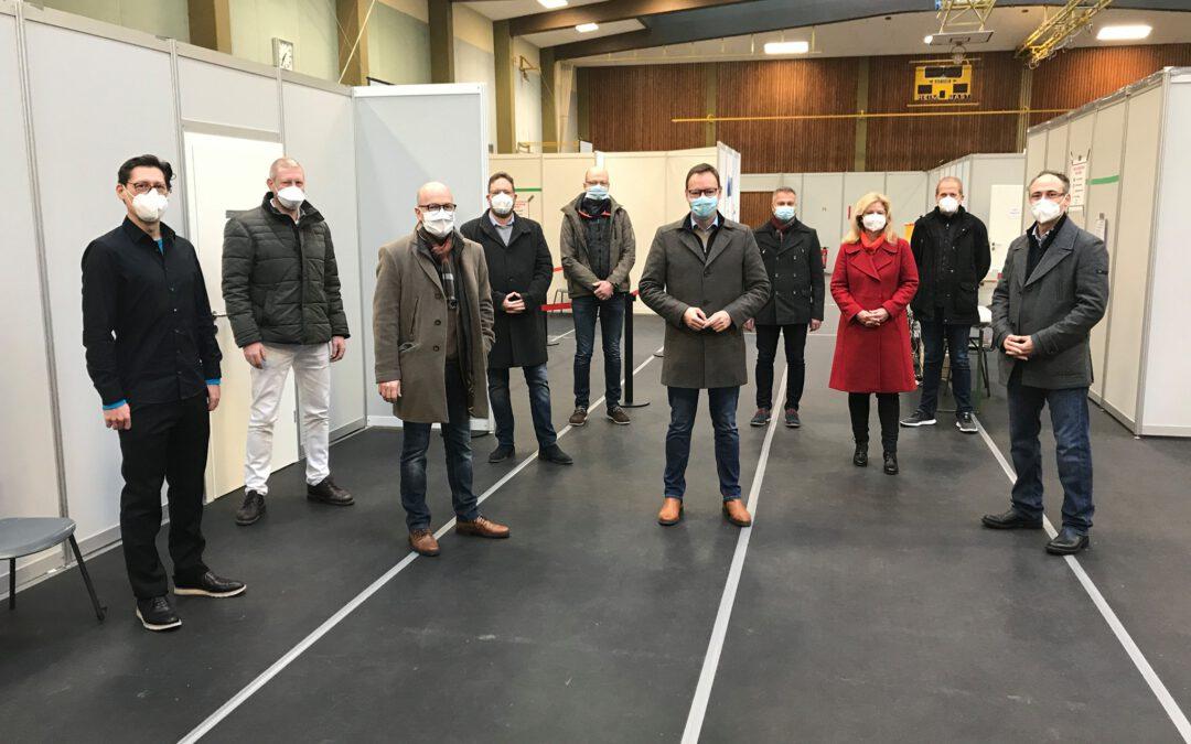 """Dr. Alexander Wilhelm in Corona-Ambulanz Mayen: """"Tief beeindruckt von Leistung und Kooperation"""" (Pressemitteilung)"""