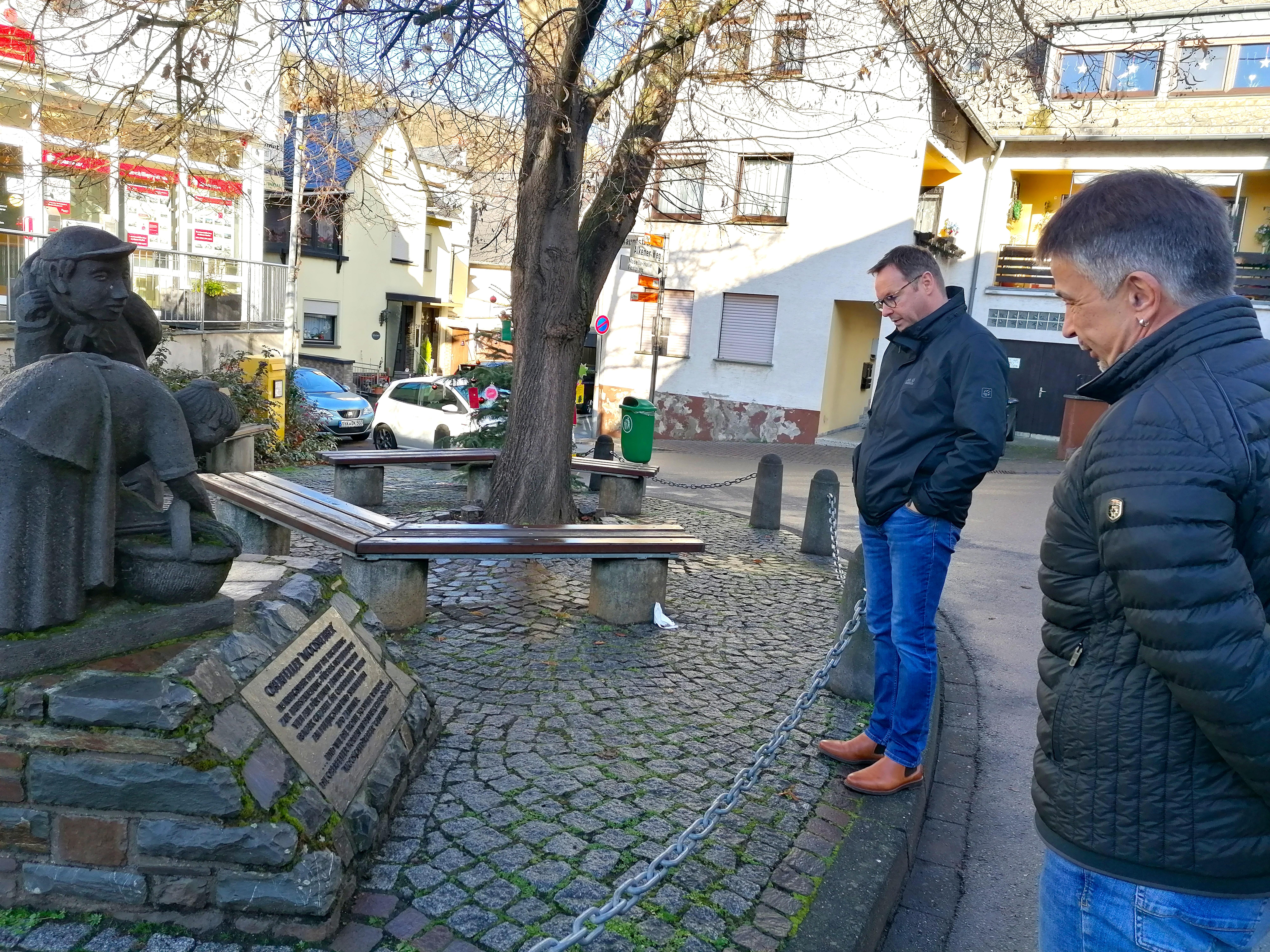 SPD-Landtagskandidat Dr. Wilhelm in Oberfell: Kommunale Finanzen und wenig Platz zum Bauen (Pressemitteilung)